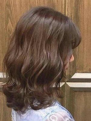 2020最流行的烫发发型