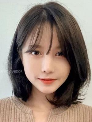 中短发发型女图片