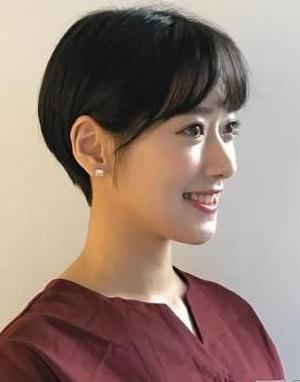 齐耳短发最新发型图片