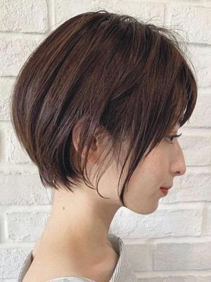 2019年流行又时尚的女生短发 干练清爽的发型