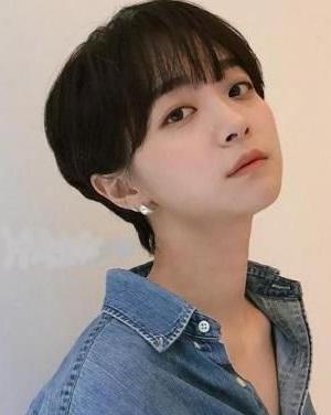 齐耳短发最新发型图片  各种显脸小的齐耳短发