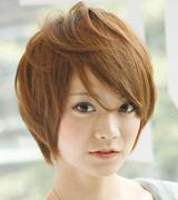 圆脸女生中短发烫发发型图片(组图)