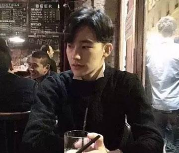 流行男生发型 男生刘海发型 男生最新发型6