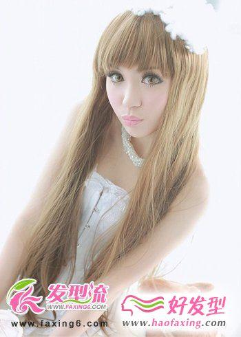 2012年夏季流行女生直发发型