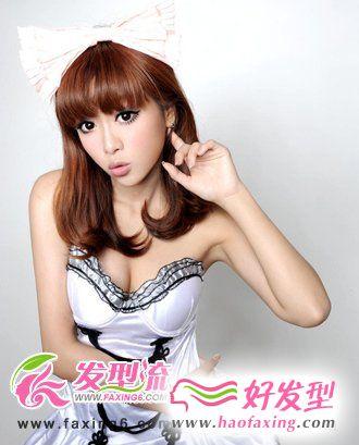 8月新潮流时尚女生中长发发型设计