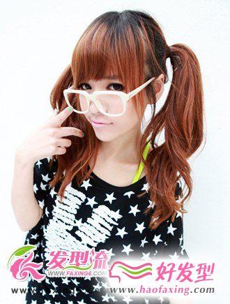齐刘海发型+双扎马尾发型