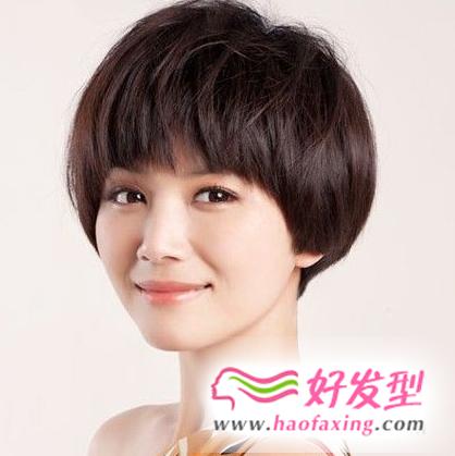 女星个性短发蓬蓬头 引领短发时尚风向标