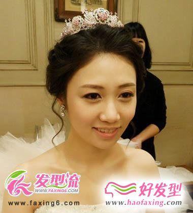 韩式新娘发型 柔美至极的新娘发型