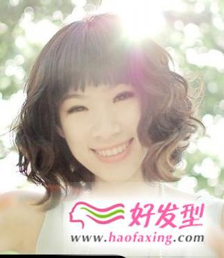 女生胖圆脸短发发型设计 轻松助你起到修饰脸型效果