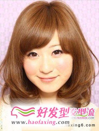 2012秋冬人气女生梨花头图片