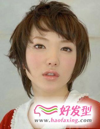 推荐方脸适合的短发发型 让短发的你也能个性时尚