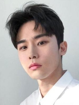 2019流行的男生短发发型图片