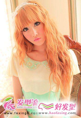 齐刘海烫发发型图片