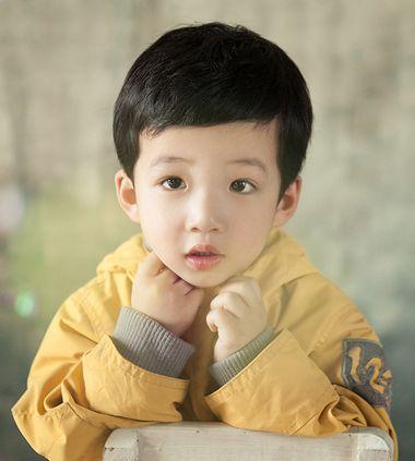 清新男童发型 韩国小男孩发型 小男孩发型推荐4