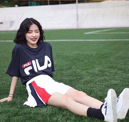 韩式女生发型 女生显脸小发型 年轻女生发型4