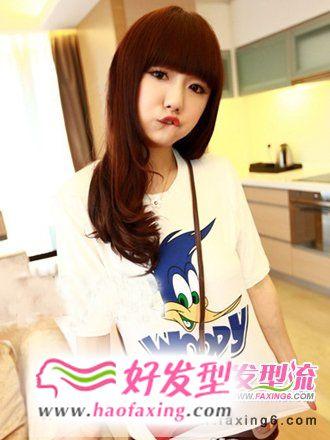 童颜美女齐刘海发型图片欣赏