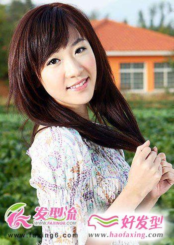 清纯造型最迷人  美女都爱直发发型