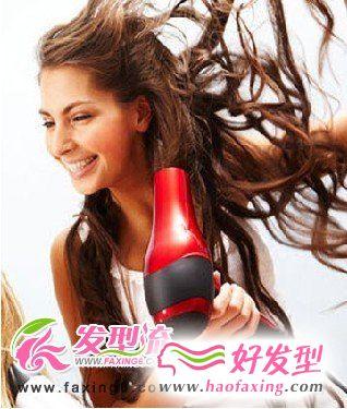 发型师传授的5种吹发技巧