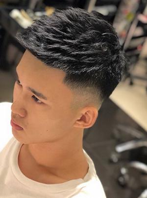 男生发型阳光帅气短发