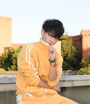 男生帅气刘海时尚发型 修颜显瘦百搭