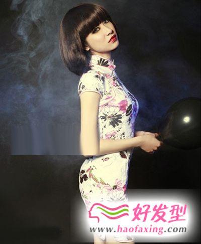 波波头的旗袍搭配发型 清新雅丽