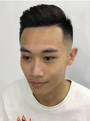 男生圆脸适合什么发型