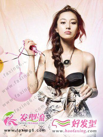 张馨予性感女神发型  诠释另类风尚