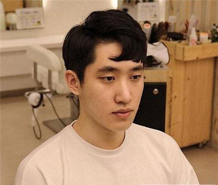 逗号刘海发型图片 韩国男生发型图片 流行男生刘海发型01
