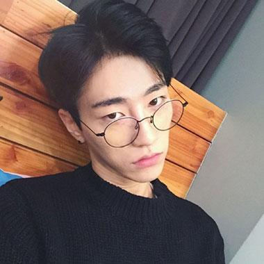2017韩式发型男 2017发型韩式男 男生韩式发型05