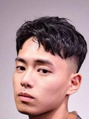 男生秋季发型图片