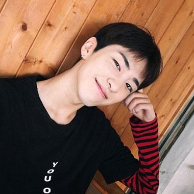 2017韩式发型男 2017发型韩式男 男生韩式发型01