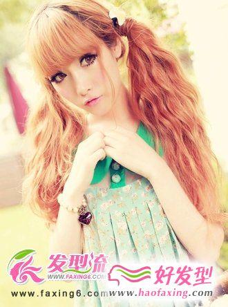 双扎发齐刘海发型