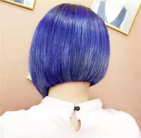 短发斜后切发型 今年流行发型 不规则沙宣发型4