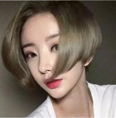 2017流行齐腮短发发型女图片大全01