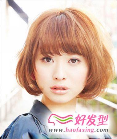 圆脸女生适合的BOB头发型图片
