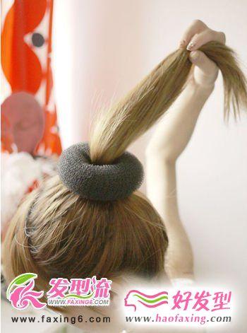 超简单的韩式花苞头发型图解