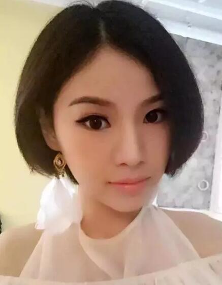 2017流行齐腮短发发型女图片大全04