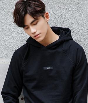 男生2019干净利索的发型