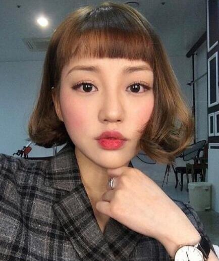 2017女大学生适合的流行韩式短刘海发型图片06